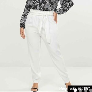 NWT Lane Bryant Ankle Pants Color-Cream